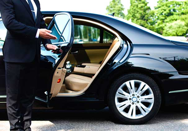 3 things you need to know before booking transportation services