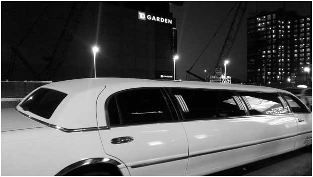 How to Choose the Right Limo Service to Logan?